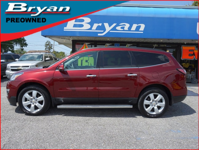 Used 2017 Chevrolet Traverse LT FWD SUV for sale in Metairie, Louisiana