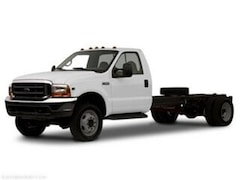 2001 Ford F450 Super Duty Chassis Cab Chassis Truck