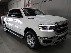 New Chrysler Dodge Jeep Ram Models 2019 Ram 1500 BIG HORN / LONE STAR CREW CAB 4X4 5'7 BOX Crew Cab for sale in Beloit, WI