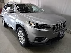 New Chrysler Dodge Jeep Ram Models 2019 Jeep Cherokee LATITUDE 4X4 Sport Utility for sale in Beloit, WI