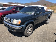 1999 Nissan Frontier 4X4 Truck King Cab