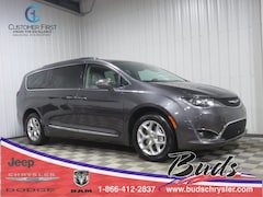 new 2020 Chrysler Pacifica LIMITED Passenger Van for sale in Greenville OH