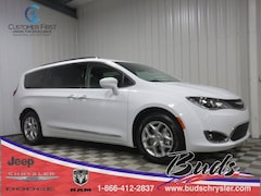 new 2019 Chrysler Pacifica TOURING L Passenger Van 2C4RC1BG8KR507218 for sale in Greenville OH