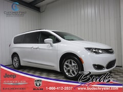 new 2020 Chrysler Pacifica 35TH ANNIVERSARY TOURING L Passenger Van for sale in Greenville OH