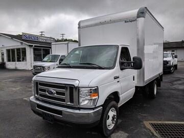 2019 Ford E-350 Cutaway Truck