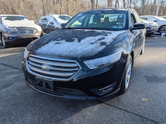2016 Ford Taurus SEL Car