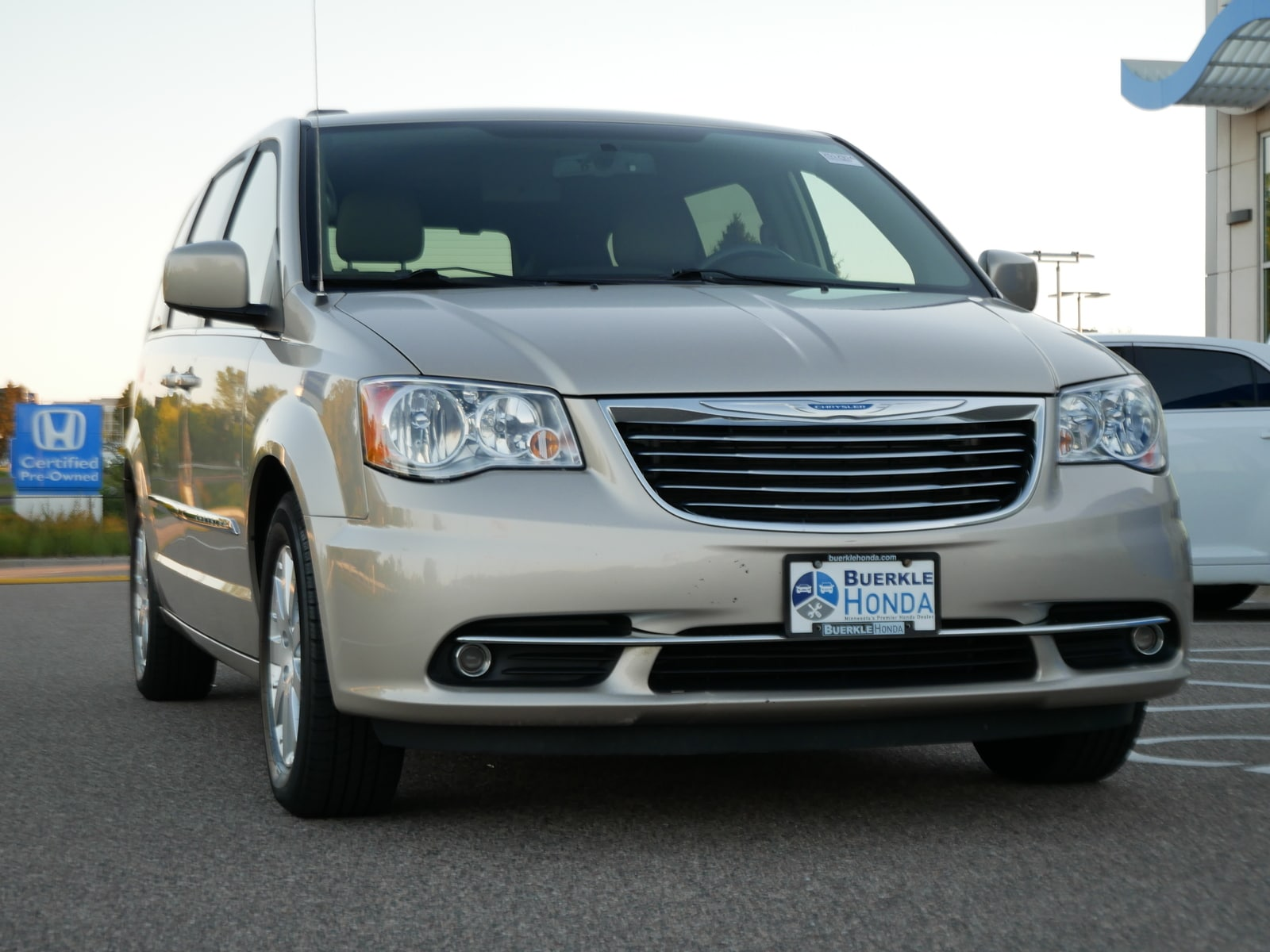 Used 2013 Chrysler Town & Country Touring with VIN 2C4RC1BG2DR558362 for sale in Saint Paul, Minnesota