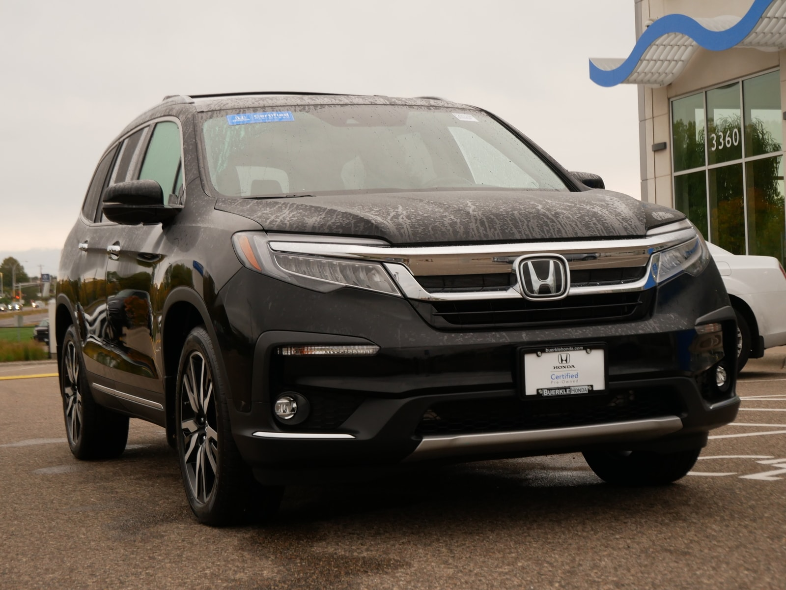 Certified 2019 Honda Pilot Touring with VIN 5FNYF6H6XKB092994 for sale in Saint Paul, Minnesota