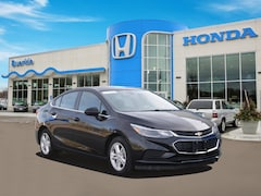 Used 2017 Chevrolet Cruze Sedan 1G1BE5SM7H7216950 for sale in St Paul, MN at Buerkle Hyundai