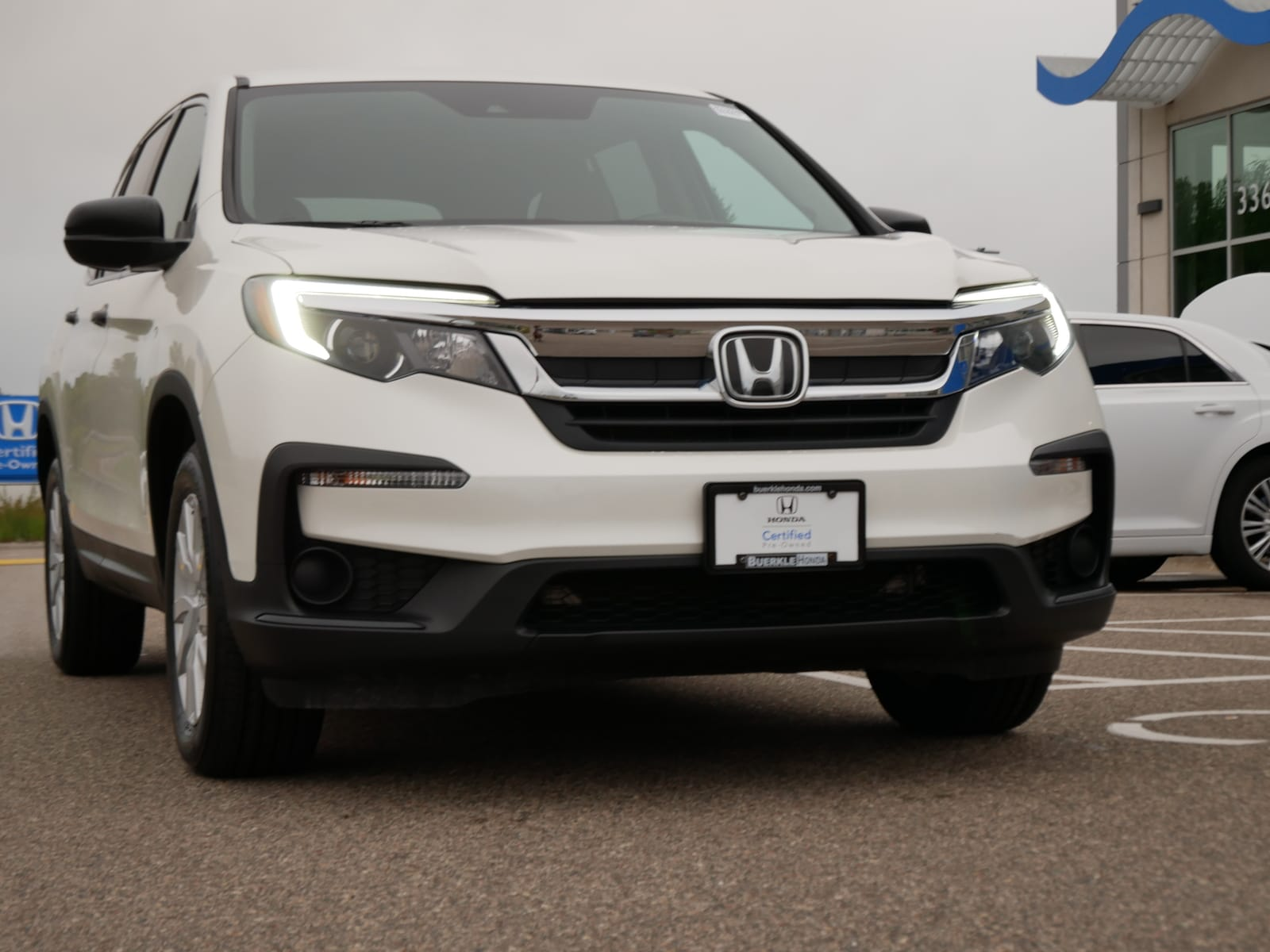 Certified 2019 Honda Pilot LX with VIN 5FNYF6H15KB067568 for sale in Saint Paul, Minnesota