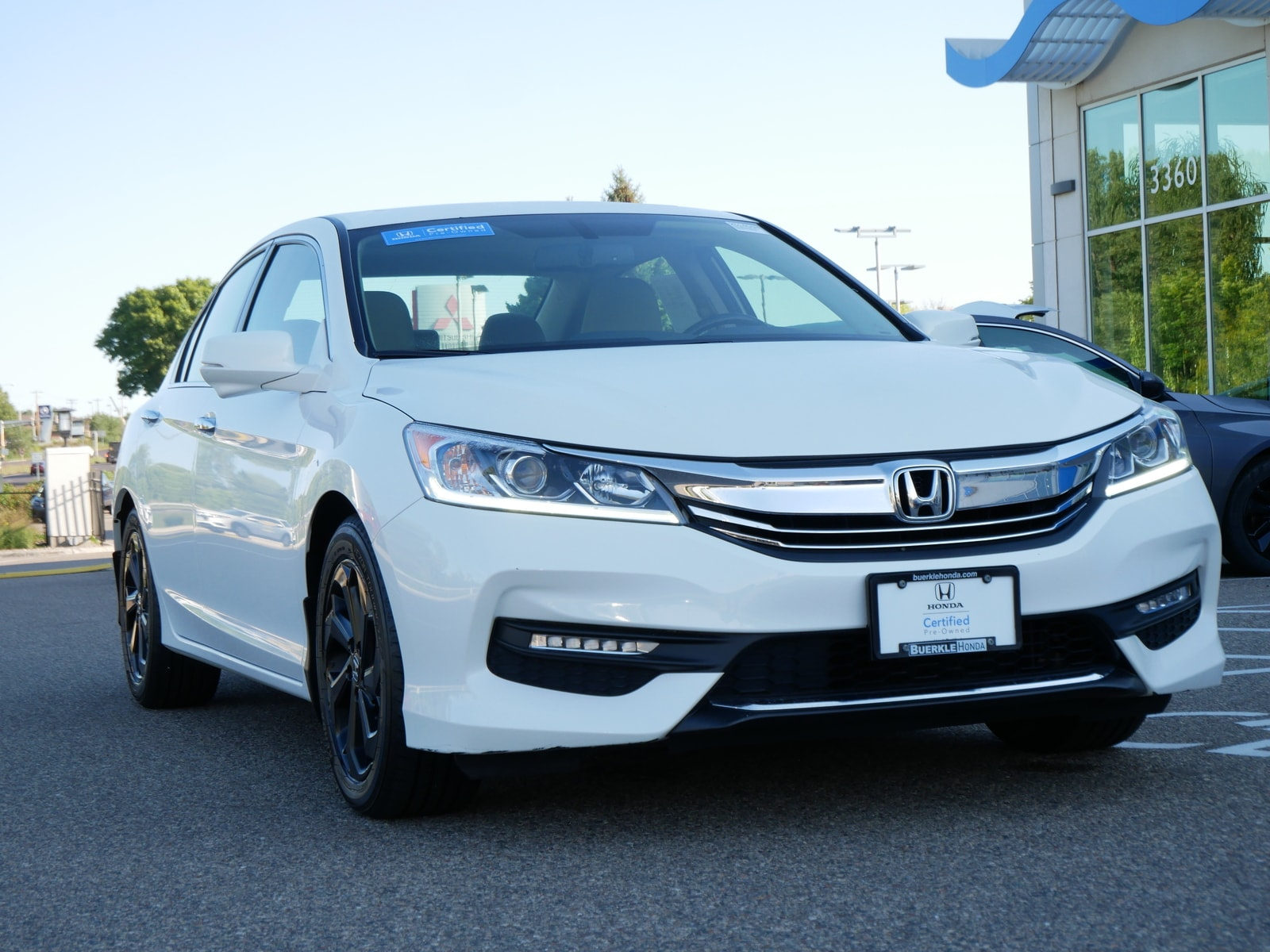 Certified 2017 Honda Accord EX-L with VIN 1HGCR2F8XHA069538 for sale in Saint Paul, Minnesota