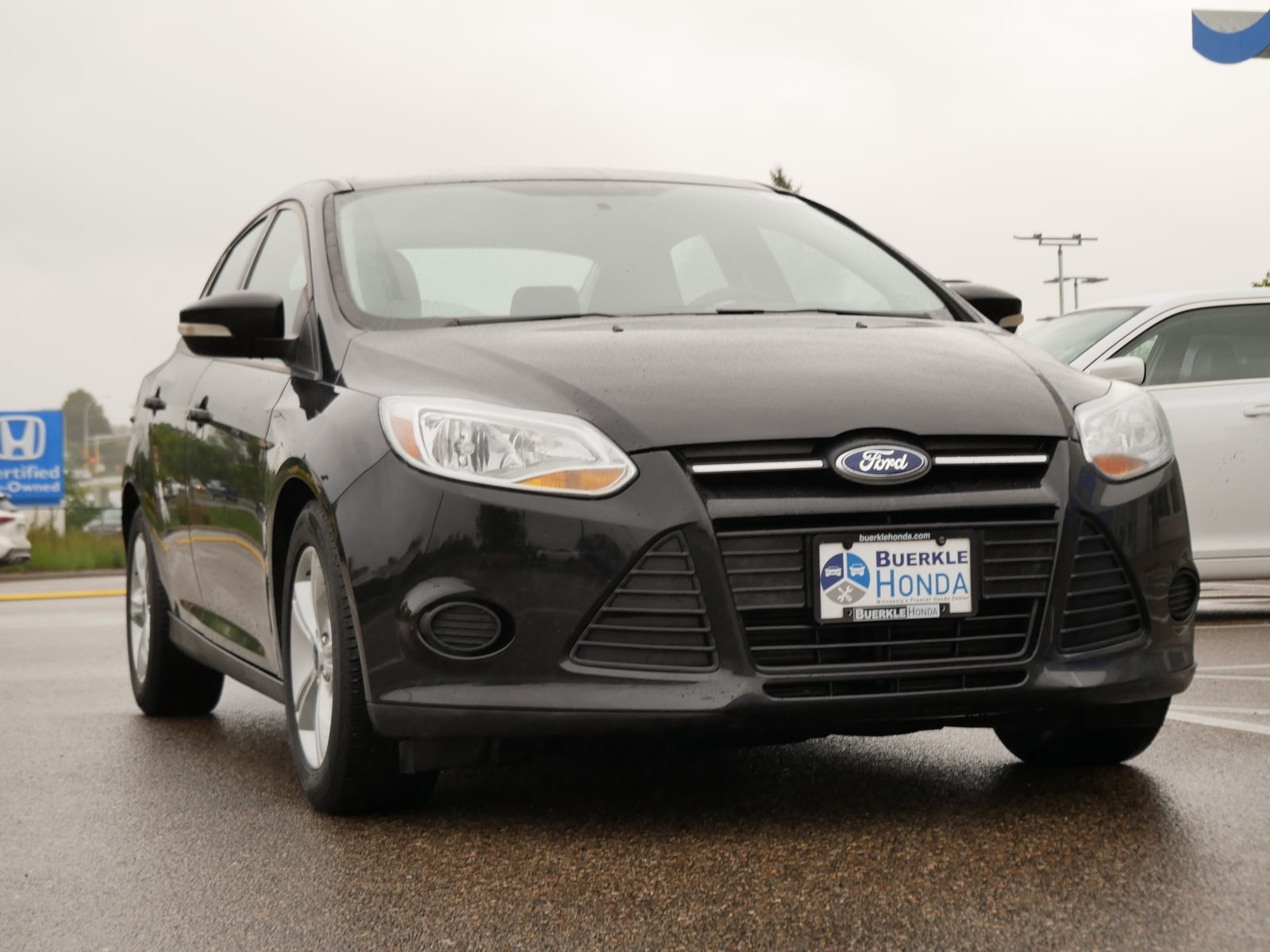 Used 2014 Ford Focus SE with VIN 1FADP3F27EL451171 for sale in Saint Paul, Minnesota
