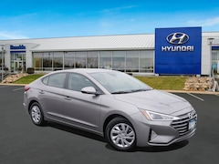 New 2020 Hyundai Elantra SE Sedan KMHD74LFXLU896045 St Paul, Minneapolis
