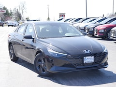 2021 Hyundai Elantra SEL Sedan for Sale in St Paul, MN at Buerkle Hyundai