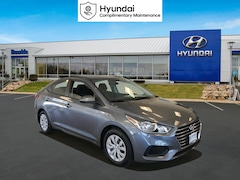 New 2020 Hyundai Accent SE Sedan St Paul
