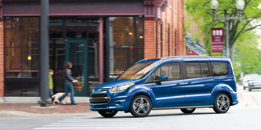 2018 Ford Transit Connect Driving in Woodstock, IL