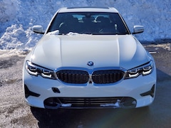 2021 BMW 3 Series 330e xDrive 330e xDrive Plug-In Hybrid North America Y251850