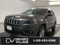 New 2020 Jeep Cherokee LATITUDE PLUS 4X4 Sport Utility for Sale in Cicero, NY