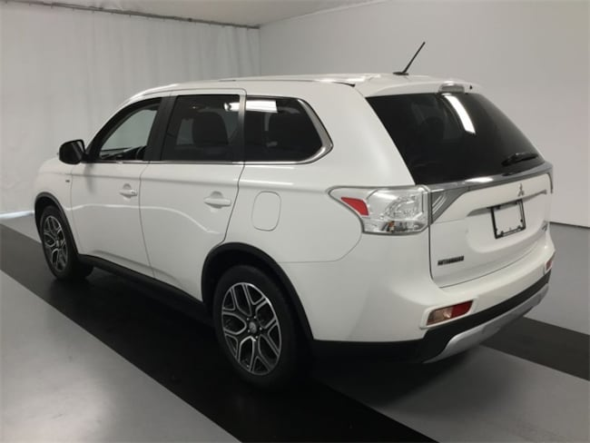Used 2015 Mitsubishi Outlander GT For Sale in Cicero