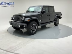 2020 Jeep Gladiator OVERLAND 4X4 Crew Cab 20130 1C6HJTFG1LL197194 for sale near Clinton, IN