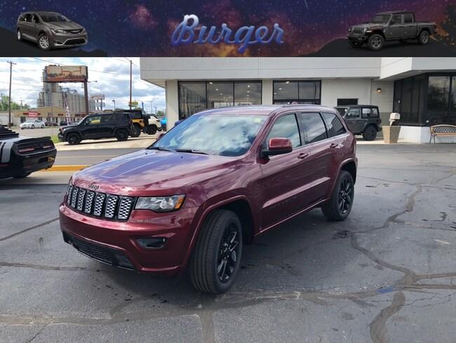 New 2019 Jeep Grand Cherokee ALTITUDE 4X4 Sport Utility in Terre Haute, IN
