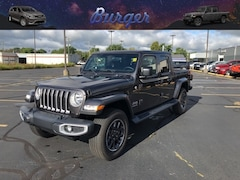 2020 Jeep Gladiator OVERLAND 4X4 Crew Cab 20117 1C6HJTFG7LL147612 for sale near Clinton, IN