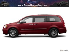 2014 Chrysler Town & Country Touring Minivan/Van