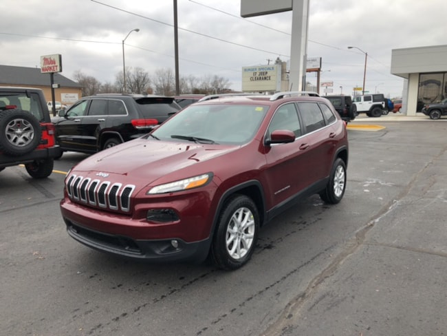 New 2018 Jeep Cherokee Latitude FWD SUV in Terre Haute, IN