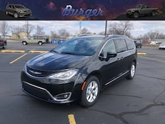 2020 Chrysler Pacifica 35TH ANNIVERSARY TOURING L Passenger Van 20805 2C4RC1BGXLR137858 for sale near Clinton, IN