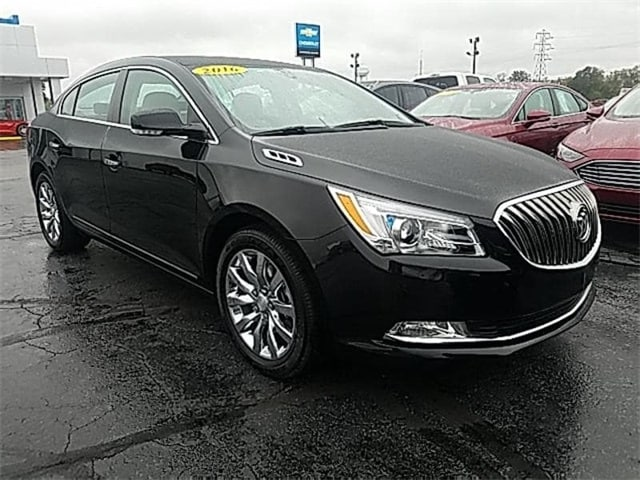 2016 Buick Lacrosse Premium I Group Sedan