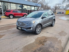 2021 Ford Edge Titanium Crossover