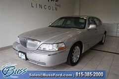 Used 2007 Lincoln Town Car Signature Car