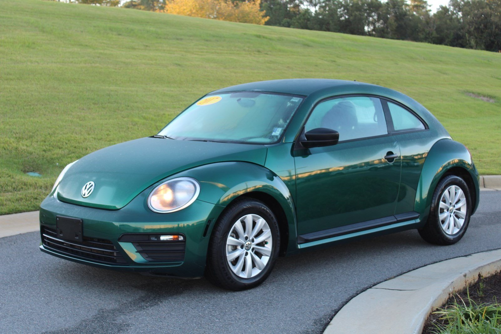 2017 Volkswagen Beetle 1.8T S 1.8T S Auto