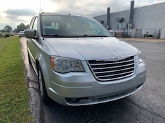 Used 2008 Chrysler Town & Country Touring Van For Sale in Kokomo, IN