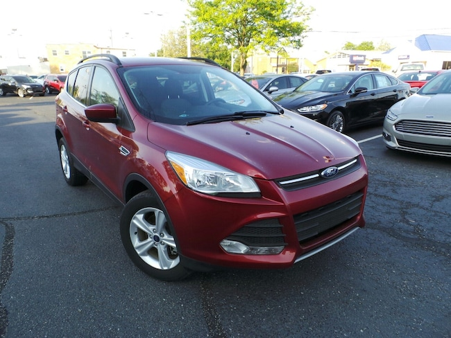 Used 2016 Ford Escape SE 4WD  SE in Louisville, KY