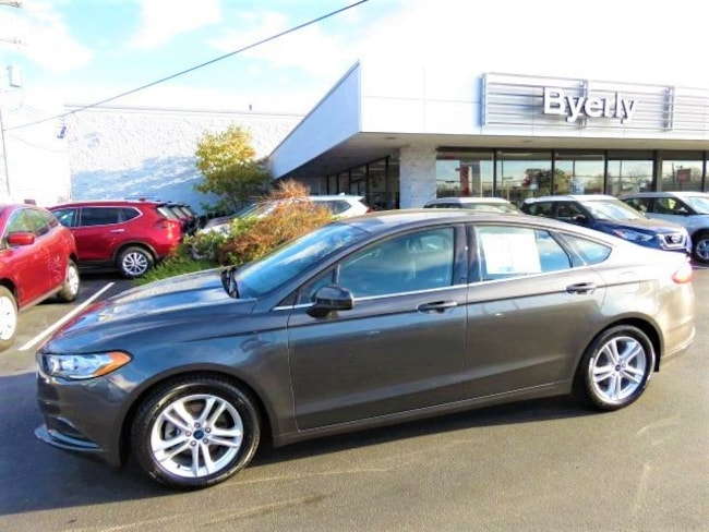 Used 2018 Ford Fusion SE SE FWD in Louisville, KY