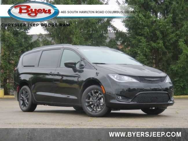 New 2020 Chrysler Pacifica AWD LAUNCH EDITION Passenger Van in Columbus