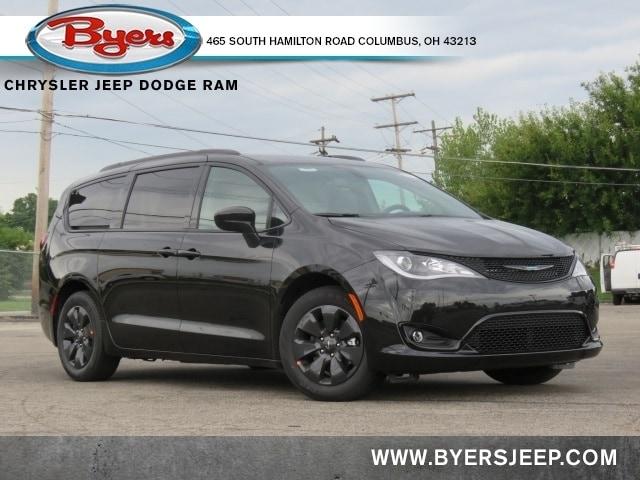2020 Chrysler Pacifica Hybrid Passenger Van