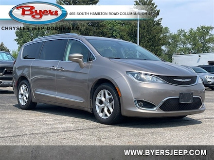 Featured Used 2017 Chrysler Pacifica Touring-L Plus Van for sale in Columbus OH