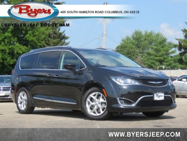 Certified Pre-owned 2020 Chrysler Pacifica Touring L Van Passenger Van for sale in Columbus, OH