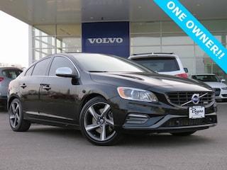 2015 Volvo S60 T6 R-Design Platinum Sedan