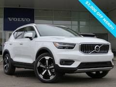 New 2019 Volvo XC40 T4 Inscription SUV for sale in Columbus, OH