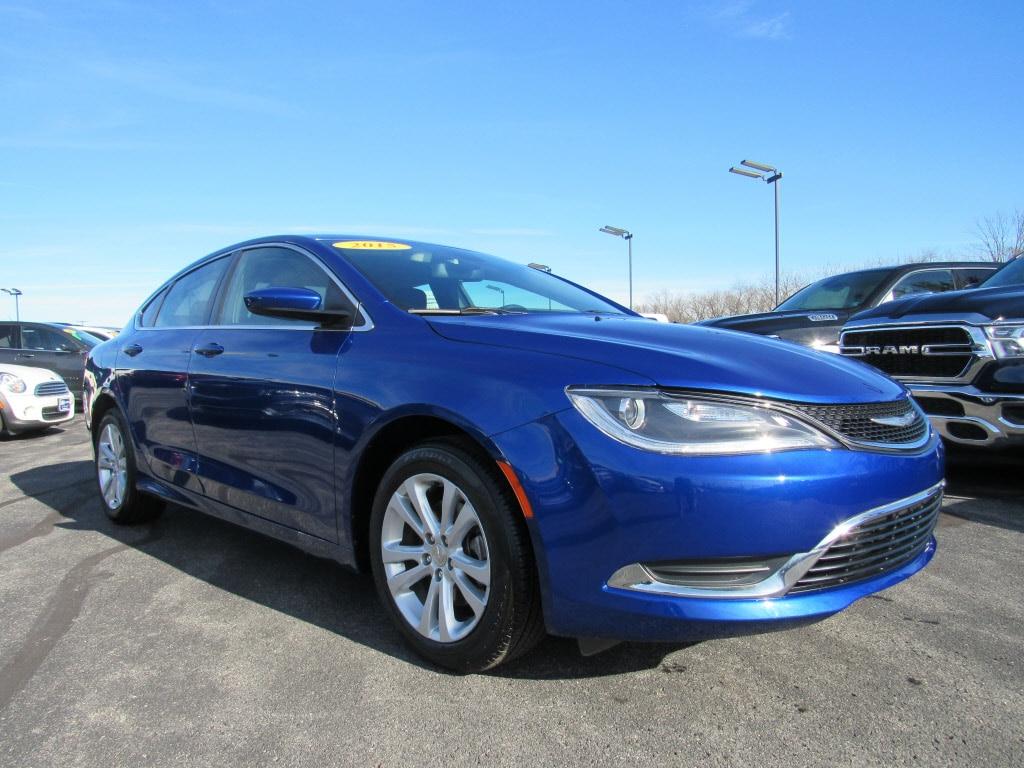 2015 Chrysler 200 Limited Limited  Sedan