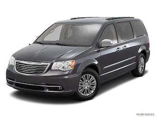 2016 Chrysler Town & Country Limited Platinum Limited Platinum  Mini-Van