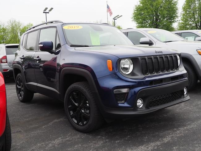 New 2019 Jeep Renegade ALTITUDE 4X4 Sport Utility Lewisburg, PA