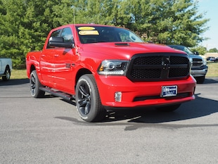 2018 Ram 1500 Night 4x4 Night  Crew Cab 5.5 ft. SB Pickup
