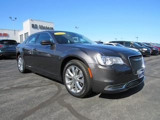 2016 Chrysler 300 Limited AWD Limited  Sedan