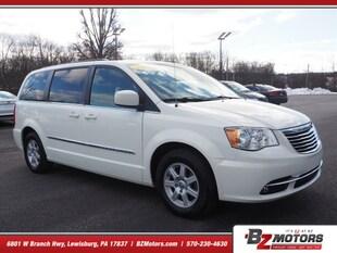 2013 Chrysler Town & Country Touring Touring  Mini-Van