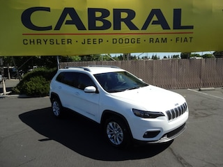 New Chrysler Dodge Jeep Ram 2019 Jeep Cherokee LATITUDE FWD Sport Utility for sale in Manteca, CA