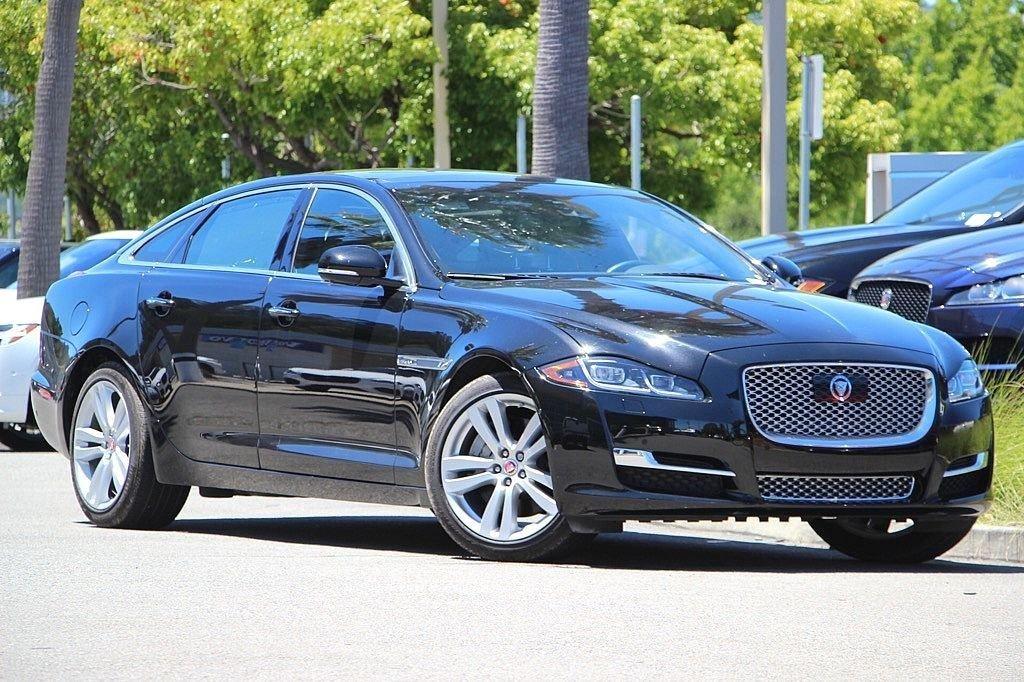 2016 Jaguar XJ XJL Portfolio Sedan